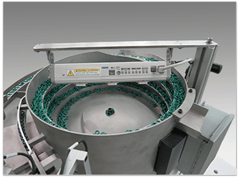Reliable Feeding of O-Rings in Vibratory Feeder Bowls